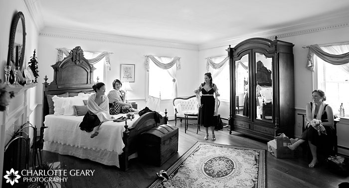 Bridesmaids in bride's room at Stone Manor Country Club
