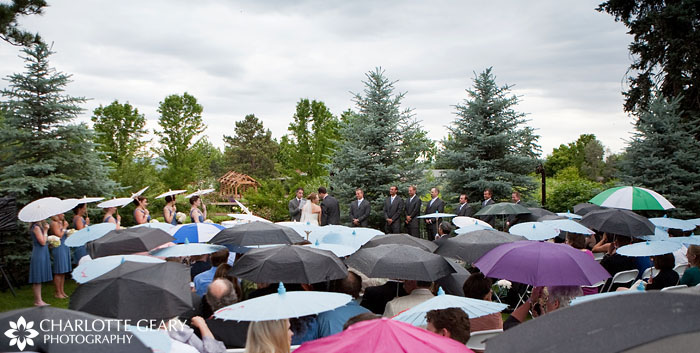 Hudson Gardens wedding ceremony in the rain