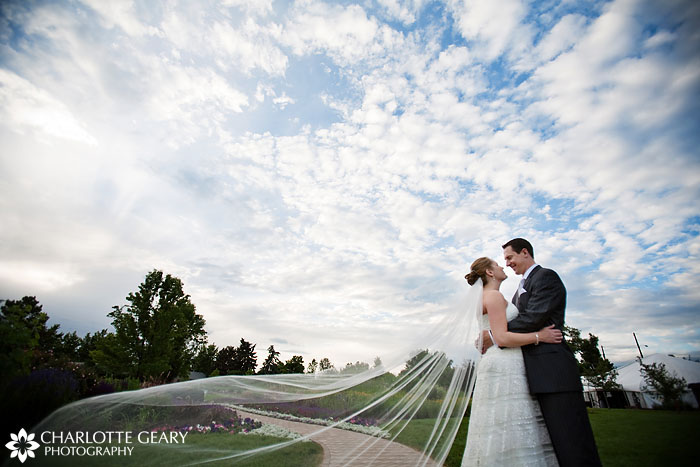 Hudson Gardens wedding in Littleton, Colorado