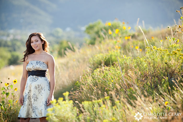 Colorado senior portraits with wildflowers