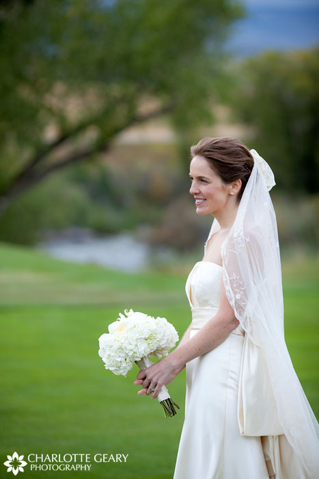 Bride at Eagle Springs Golf Club